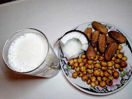 Health Benefits of Tiger Nuts Dates and Coconut Drink.