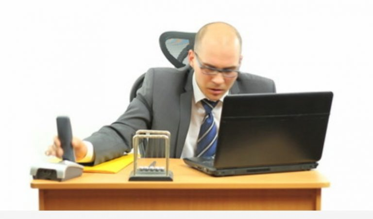5 effective ways to relieve computer-related headaches