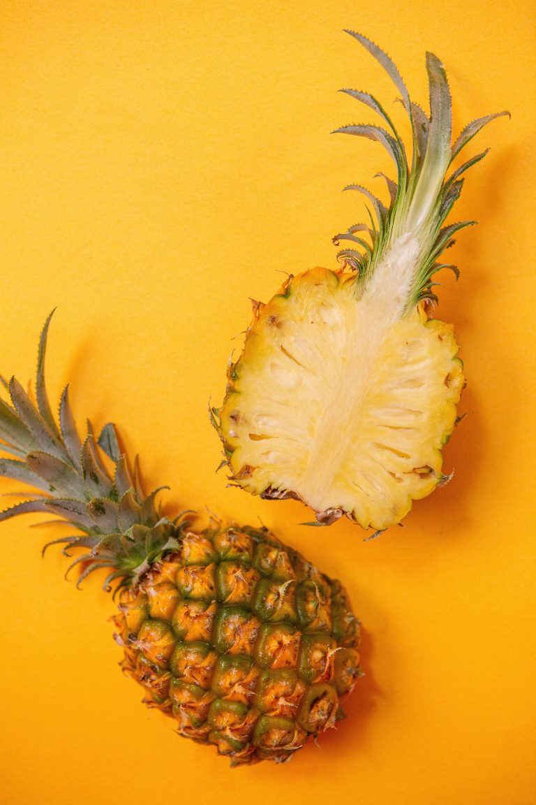 Health Benefits of Pineapple and Reason to Eat more Pineapple.