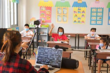 4 Ways Teachers and Faculty Can Keep Their Students Safe During COVID